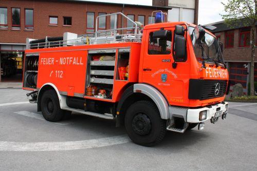 A D Tlf Me 2480 Der Feuerwehr Erkrath: TLF 4000 Der Feuerwehr Mettmann