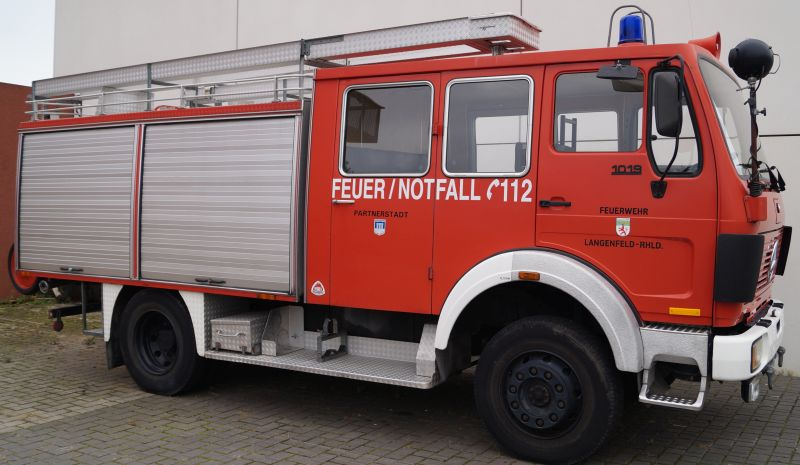 A D Tlf Me 2480 Der Feuerwehr Erkrath: Ehemalige Tanklöschfahrzeuge Der Feuerwehr Langenfeld